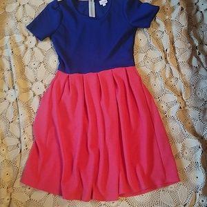 Cute LuLaRoe colorblocked comfy dress